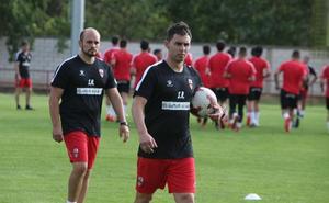 Rodríguez se afana en «hacer un buen equipo»