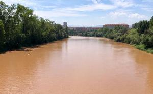 Dos personas rescatadas en la vía verde del Ebro