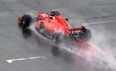 Los 'gremlins' de Mercedes se asocian con Vettel
