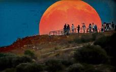 Noche de Luna roja