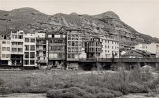La retina: Vista antigua de Nájera desde el río