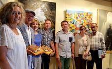 Francisco Escalera recibe el premio del Certamen de Pintura de Calahorra
