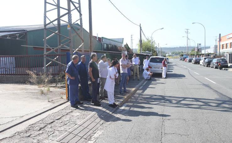 Incendio en una empresa de tintas en el Polígono de Cantabria