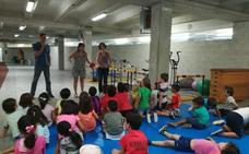 Visita a los niños de la ludoteca de verano
