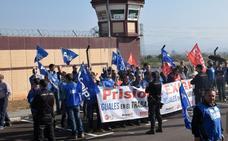Los funcionarios de prisiones protestan hoy