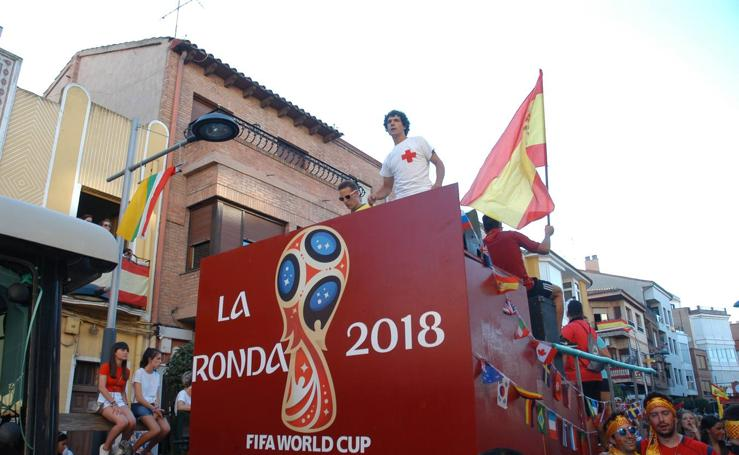 Desfile de carrozas en Rincón de Soto