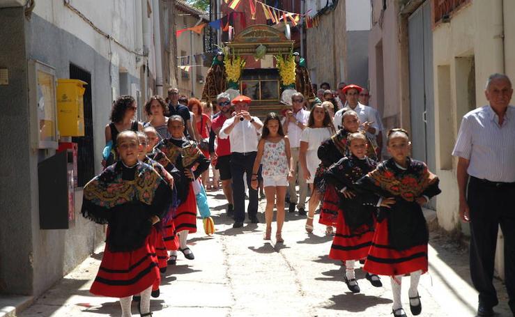 Procesión del día grande de las fiestas de El Redal en honor a San Justo y San Pastor