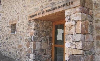 Cierran por obras en pleno verano el Centro de la Trashumancia de Lumbreras