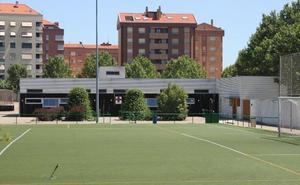 Arnedo plantea una reforma del edificio de vestuarios de la zona deportiva de Sendero