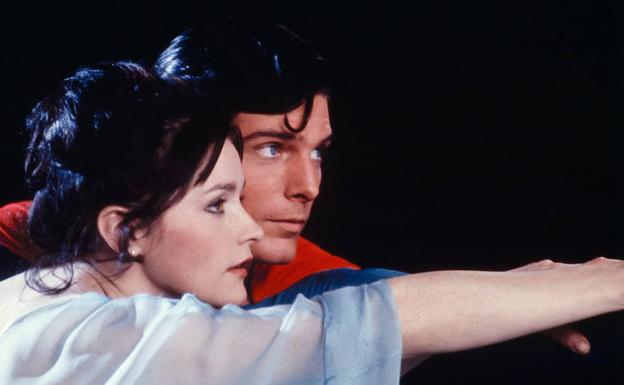 Margot Kidder y Christopher Reeve, en una escena de la película 'Superman'.