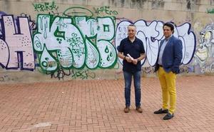 El PSOE propone combatir las pintadas fomentando el arte callejero