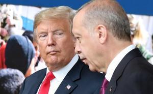 Trump aprovecha la máxima debilidad de la economía turca para asfixiar a Erdogan