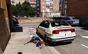 Incendios de madrugada en un vehículo y un contenedor en Logroño