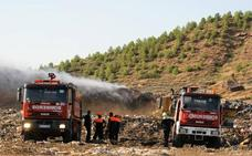Sofocado un incendio en el vertedero de Nájera