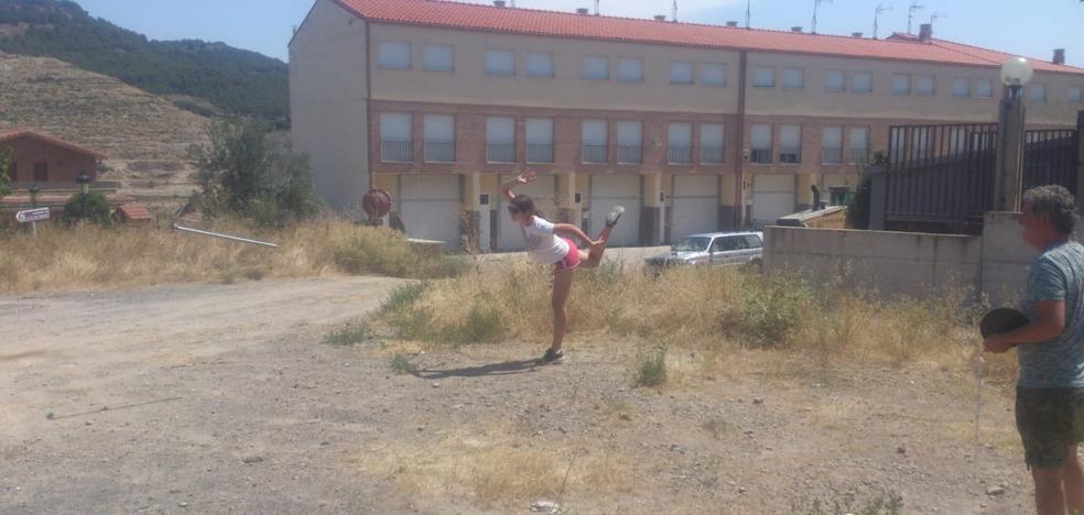 Azadas y fiesta de verano en Igea