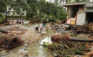 Un perro salva a una familia de las inundaciones en India