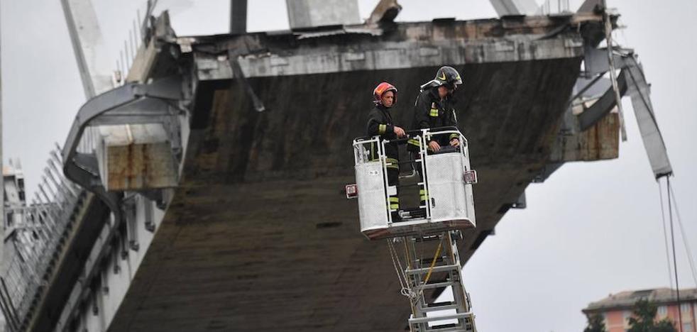 El derrumbe de un viaducto en Génova causa 30 muertos