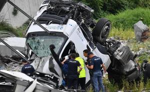 Italia busca respuestas a la tragedia de Génova, que deja más de 35 muertos