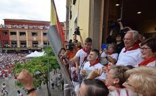 El chupinazo de Alfaro, en el Ayuntamiento
