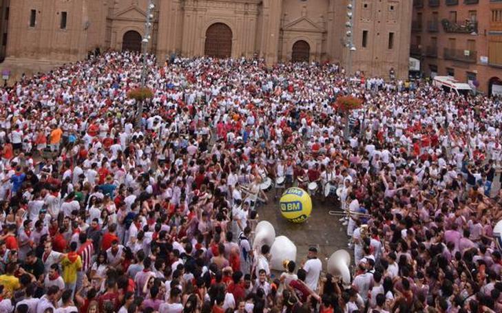 El chupinazo de Alfaro, en la plaza