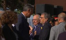 El presidente catalán y Albiol se enzarzan en un homenaje por el 17-A