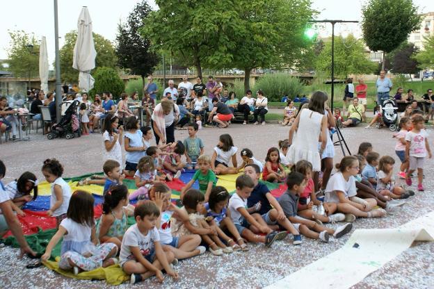 Los niños fueron los que más disfrutaron con las actividades.. / F.D.