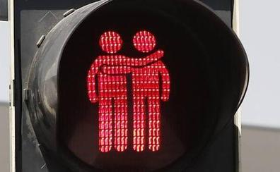 Austria niega asilo político a un homosexual porque sus maneras son «demasiado de chica»