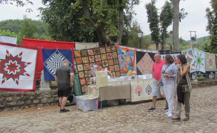 VIII Fiesta de las Almazuelas Colgadas en Pradillo
