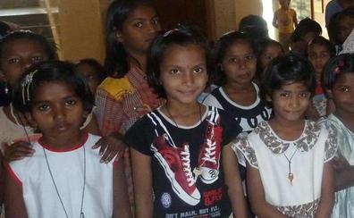 Polémica en la India después de que una pareja española abandonara a una niña adoptada