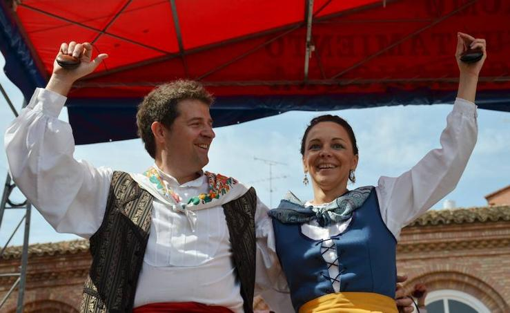 Gala folclórica en El Raso