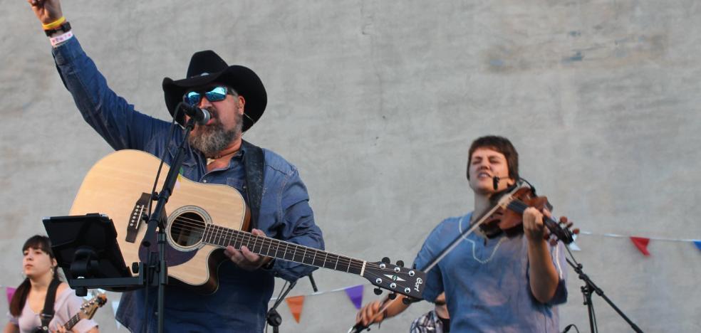 Bodegas Tarón consolida su 'Country Festival' con la presencia de Max Tyler