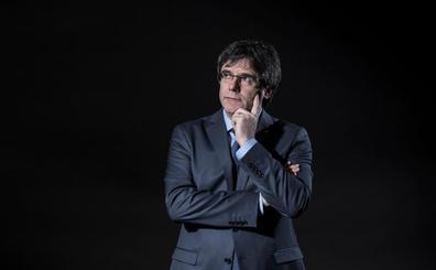Puigdemont exige a Sánchez un referéndum, pero de autodeterminación