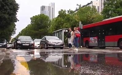 Inundaciones, cortes de carreteras y cambios en los vuelos por tormentas en toda España