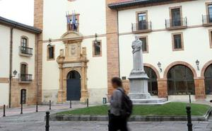 Un profesor de Psicología de la Universidad de Oviedo, sancionado por sus comentarios denigrantes