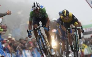 Valverde presiona y Mas se 'sube' al podio
