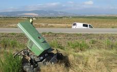 Cuatro heridos en Alfaro al chocar una furgoneta de temporeros y un tractor