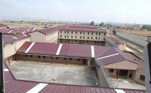 Interior «acerca» a una presa de ETA a la cárcel de Logroño