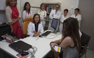 Los nuevos medidores de glucosa para menores les evitarán entre 6 y 8 pinchazos