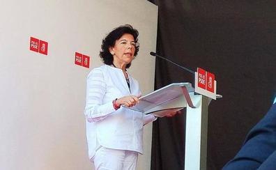Celáa reconoce en Bilbao que la dimisión de Montón ha sido «un disgusto»