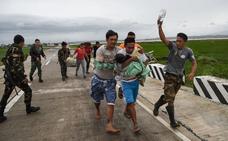 El tifón 'Mangkhut' causa destrozos en Filipinas y pone en alerta al sur de China