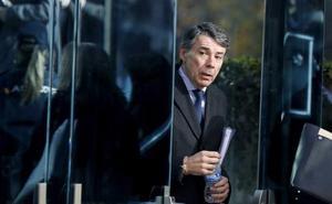 Un juez permite que Ignacio González regrese a su puesto en el Ayuntamiento de Madrid