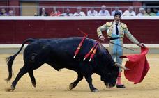 Padilla logra la única oreja y Marín cuaja la faena de la tarde en Logroño