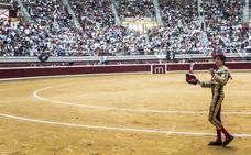 A oreja por coleta en una tarde de toros sin casta en Logroño