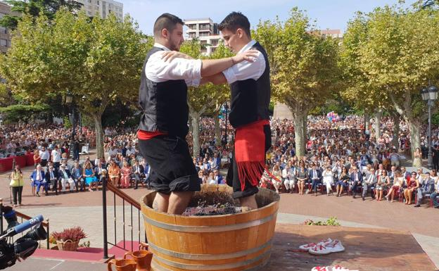 Fiestas De San Mateo 2018 Mosto Tradición Y Calor En El Pisado De La Uva La Rioja