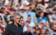 La nueva derrota del United deja a Mou contra las cuerdas