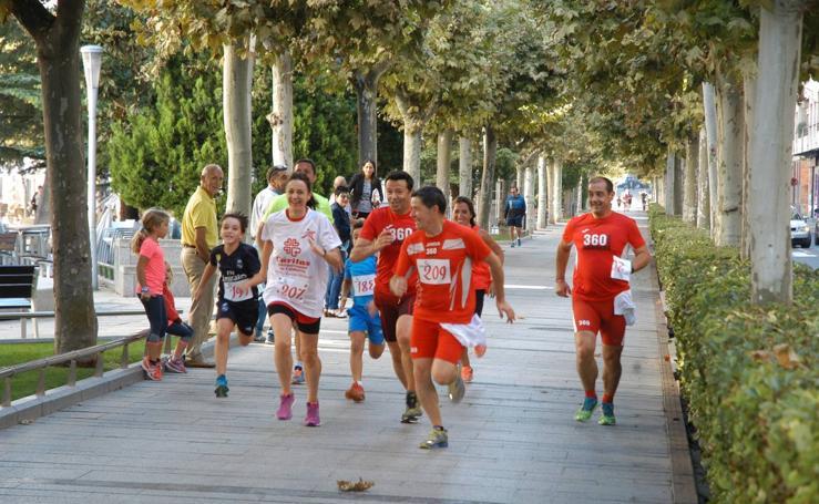 V carrera y marcha solidaria de Cáritas en Calahorra