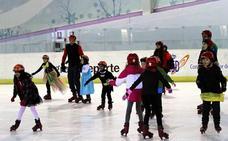 Comienza la temporada de la pista de hielo de Lobete