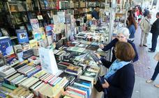 La Feria del Libro Antiguo abre sus puertas en El Espolón