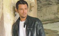 Roberto Emanuelli retrata a los adolescentes de 40 años