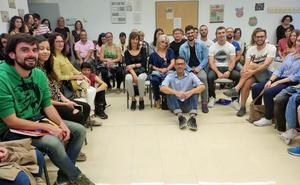 Xosé Castro asiste a la Escuela de Idiomas de Haro